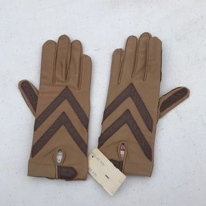 Accessories - Aris Isotoner gloves gently used one size